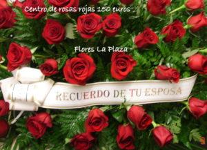 Impresionante. Centro ovalado rosas rojas 150€