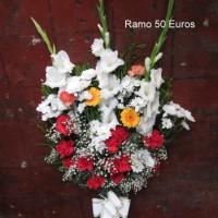 Ramo flor variada 50€