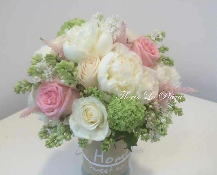 Centros de flores naturales para novias